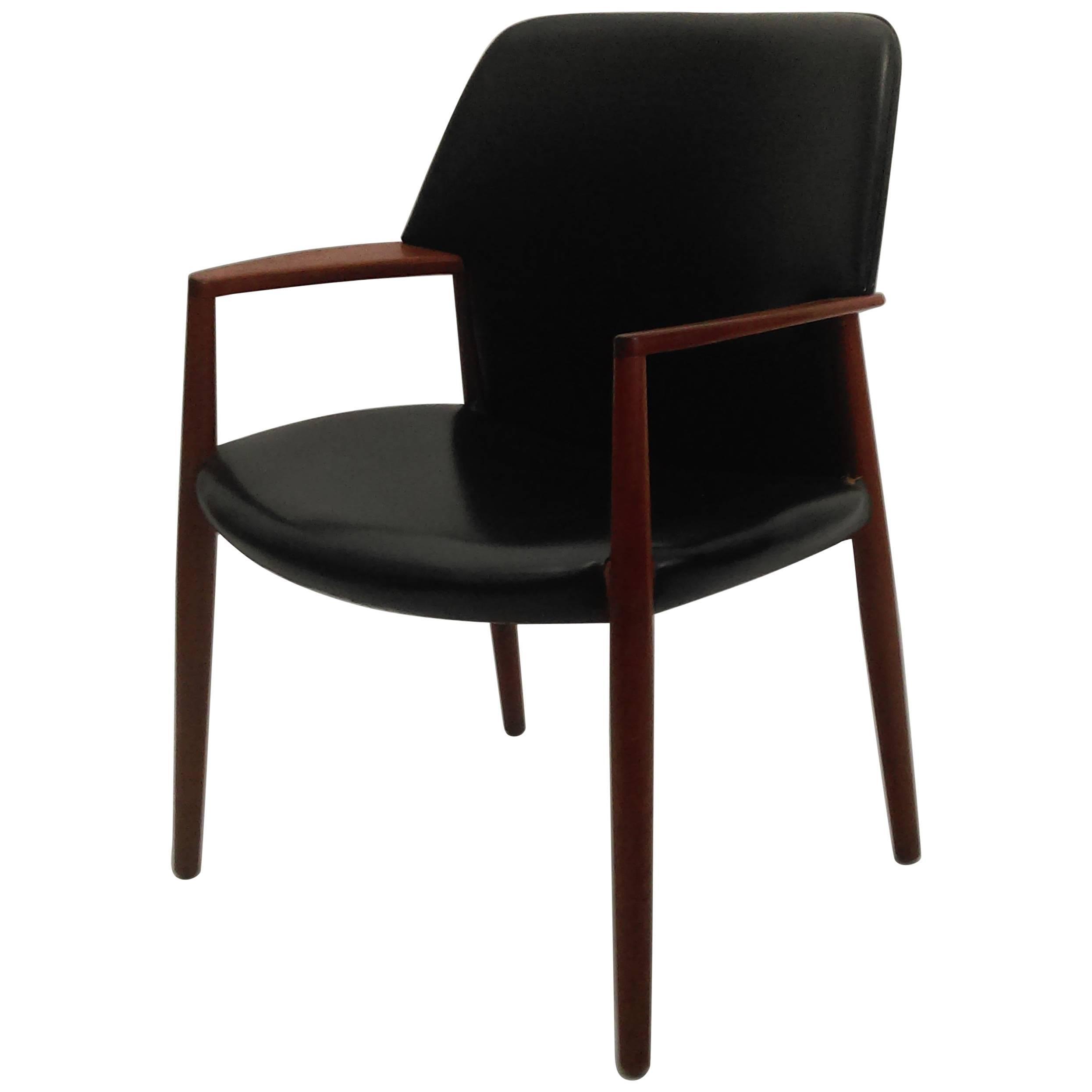 1950s Aksel Bender Madsen, Ejnar Larsen Armchair - Inc. Reupholstery
