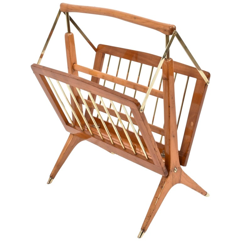 Cesare Lacca Magazine Rack in Wood and Brass Italy, 1950s, Mid-Century Modern