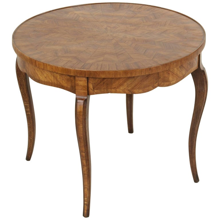 Early 20th Century French Louis XV Style Walnut Marquetry Coffee Cocktail Table