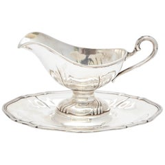 Continental Silver '.800' Victoria Style Sauce/Gravy Boat on Attached Tray