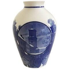 Bing & Grondahl Christmas Vase, 1927