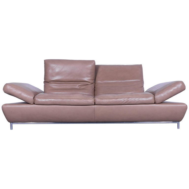koinor designer three seat sofa in light brown semi anilin leather function for sale at 1stdibs. Black Bedroom Furniture Sets. Home Design Ideas