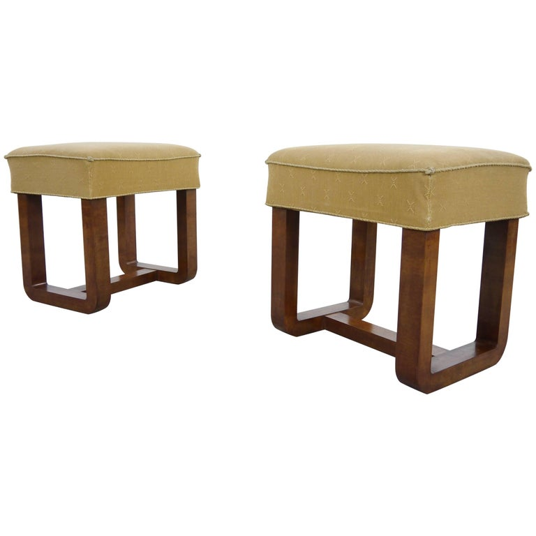Pair of Elegant Art Deco Stools, Rationalist / Bauhaus Style