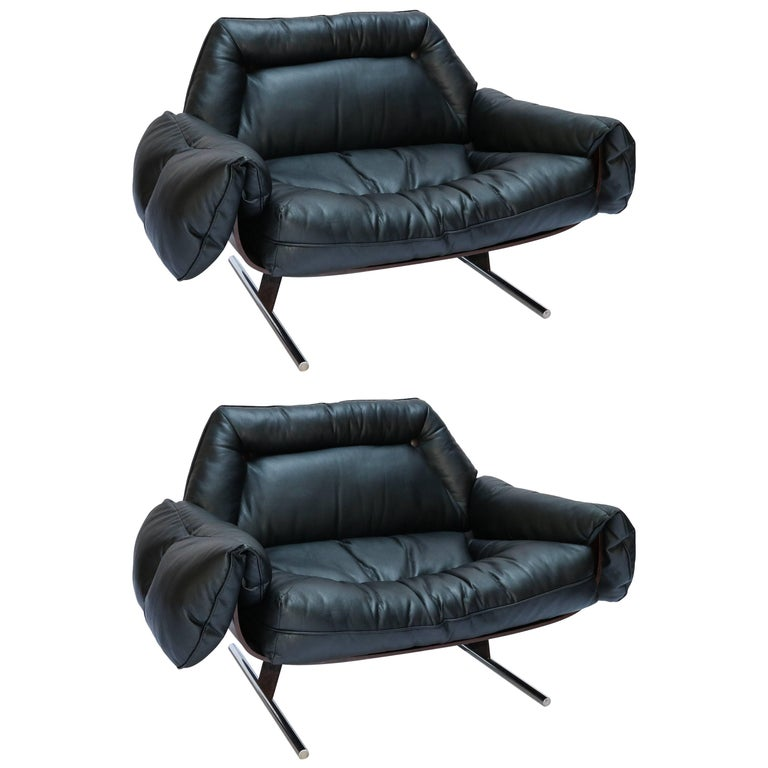 Pair of Jorge Zalszupin 1960s Brazilian Jacaranda Presidencial Lounge Chairs For Sale