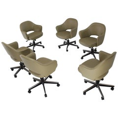 Olive Leather Knoll Saarinen Six Executive Bucket Chairs Set