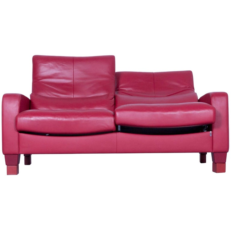 erpo designer sofa leather red two seat couch modern recline function for sale at 1stdibs. Black Bedroom Furniture Sets. Home Design Ideas