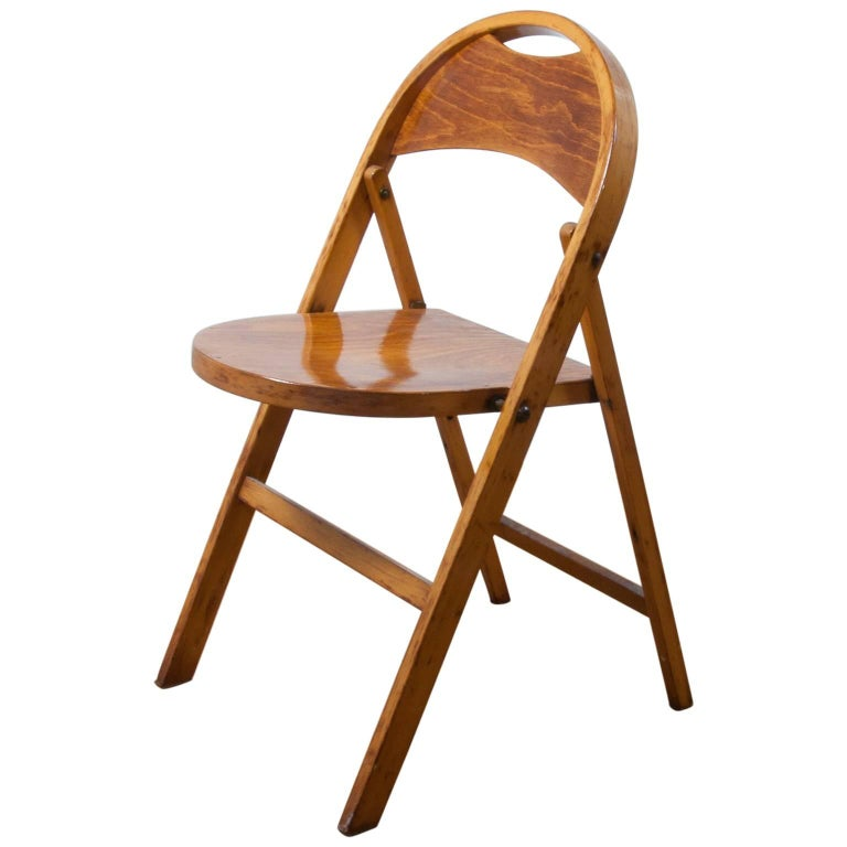 Thonet 751 Folding Chair Very Functional and Collectable, Classic Jugendstil