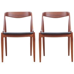 Mid-Century Modern Scandinavian Pair of Chairs by Johannes Andersen