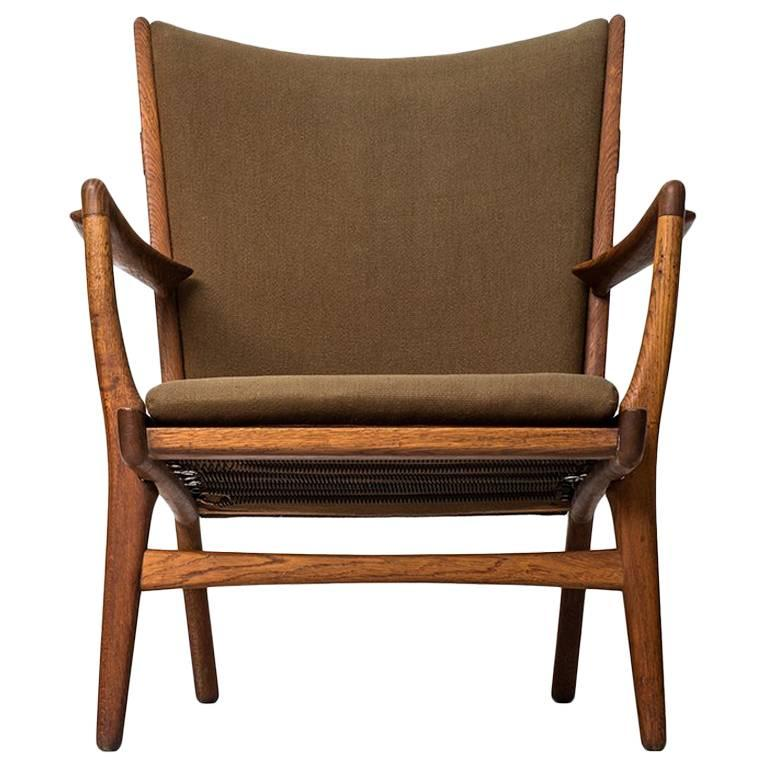 Hans Wegner Easy Chair Model AP-16 by AP-Stolen in Denmark