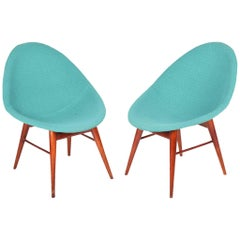Restored pair of Czechoslovakia MidCentury chairs 1950-1960