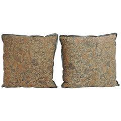 Pair of 19th Century Arts & Crafts English Printed Linen Decorative Pillows