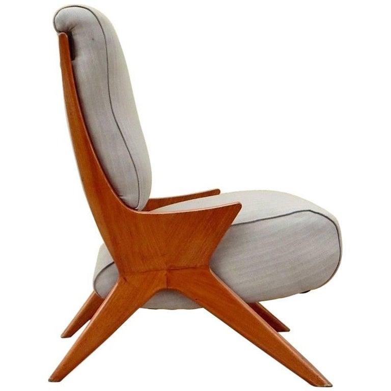Argentine Americano Funcional Mid-Century Slipper Chair 1950s For Sale