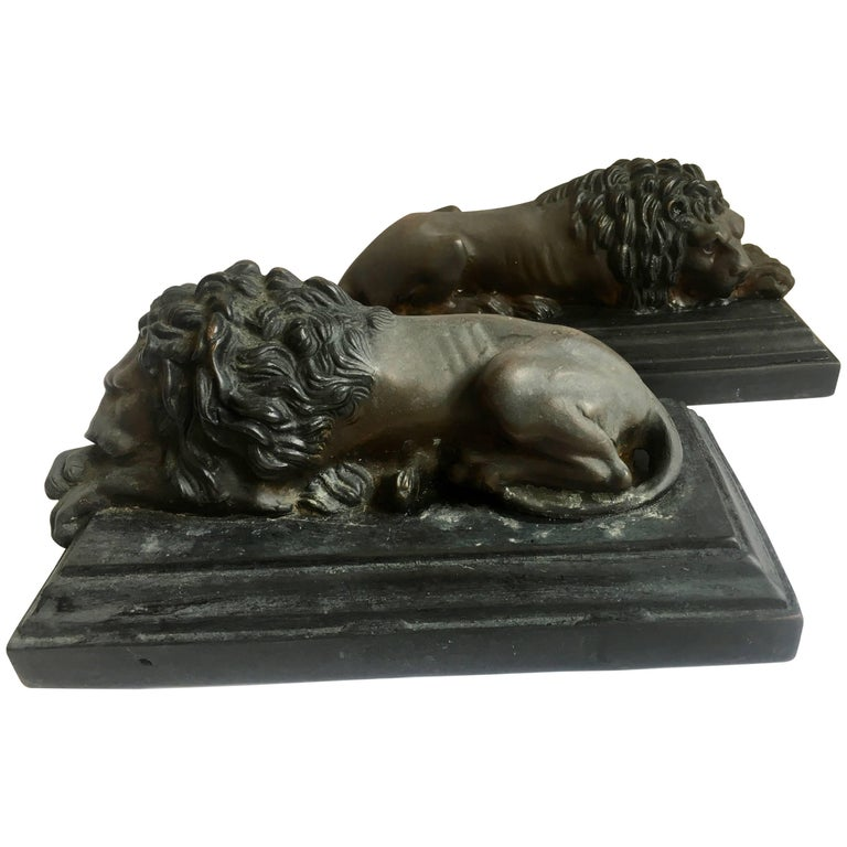 Pair of Bronze Recumbent Lion Sculpture Bookends
