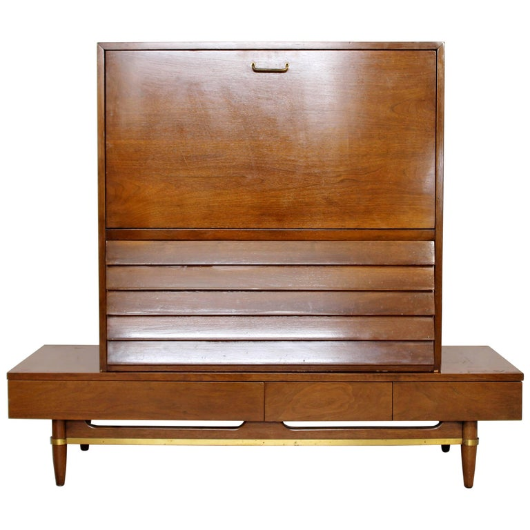 Mid-Century Modern Secretary Dania Collection American of Martinsville Gershun For Sale