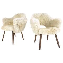 Vintage Eero Saarinen Executive Armchairs for Knoll in Sheepskin - Pair