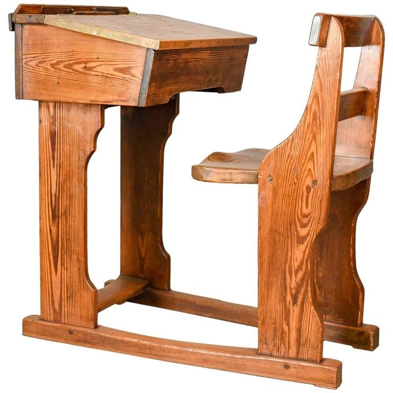 Antique School Desk, Elm, Pitch Pine, Geo M Hammer & Co Ltd London - Antique School Desk, Elm, Pitch Pine, Geo M Hammer And Co Ltd London