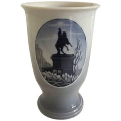 Royal Copenhagen 1932 Rundskue Vase