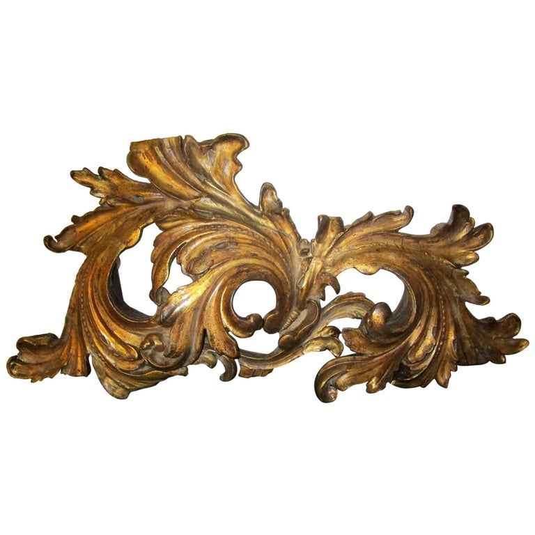 19th Century Giltwood Acanthus Leaf Architectural Element For Sale