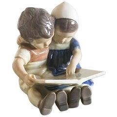 Bing & Grondahl Children Reading No 1567