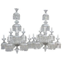 Bohemian Pair of Chandelier 1950s Very Chic and Elegant Design 9 Lights.