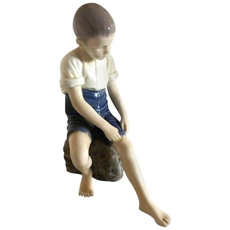 Bing And Grondahl Figurine Of Boy Brushing His Dog 2334