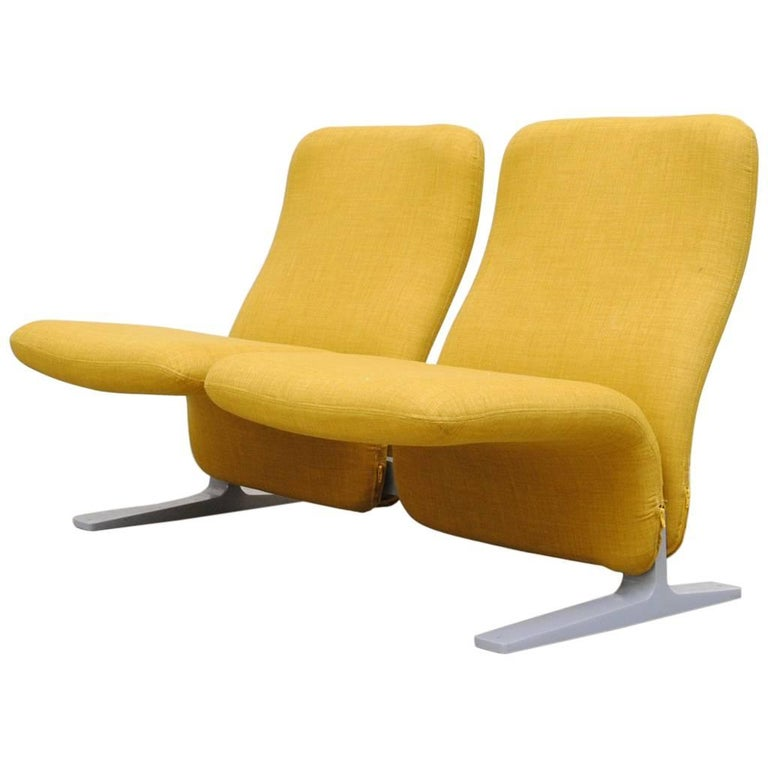 "Pierre Paulin F780 ""Concorde"" Chair by Artifort"