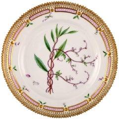 Royal Copenhagen Flora Danica Lunch Plate Number 20/3550