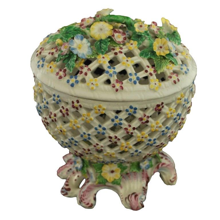Decorative Basket, Bow Porcelain Factory, circa 1760 For Sale