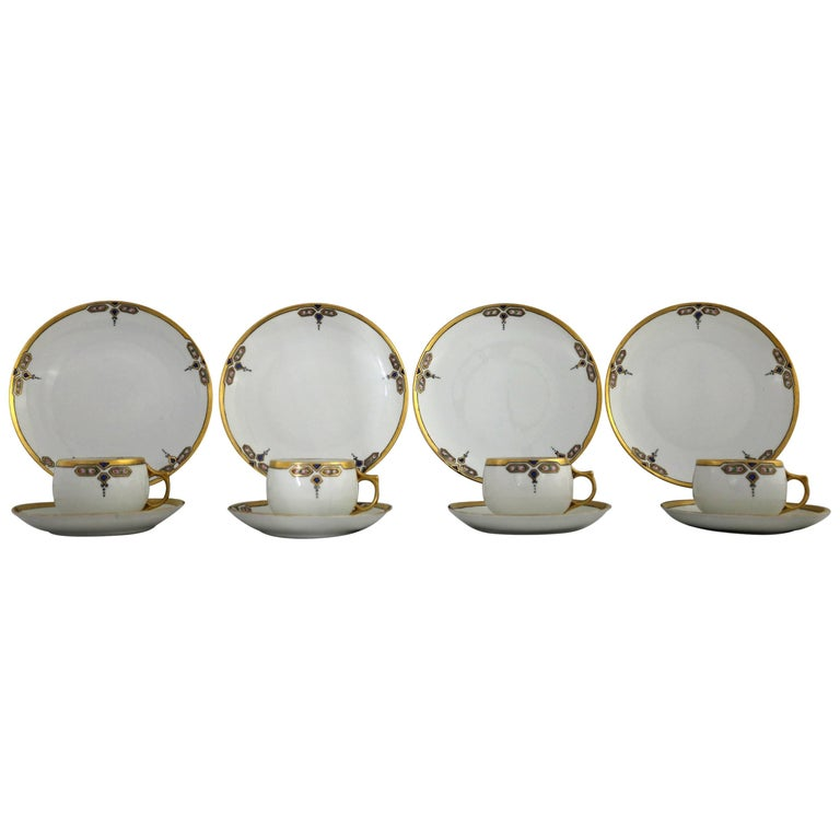 Art Deco J and C Bavaria China Luncheon, Set for Four For Sale
