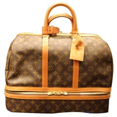 Large Louis Vuitton Travel Bag