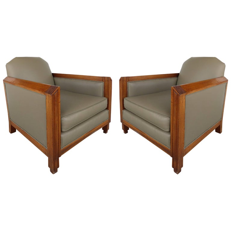 French 1940s Pair of Skyscraper Club Chairs manner of Louis Majorelle