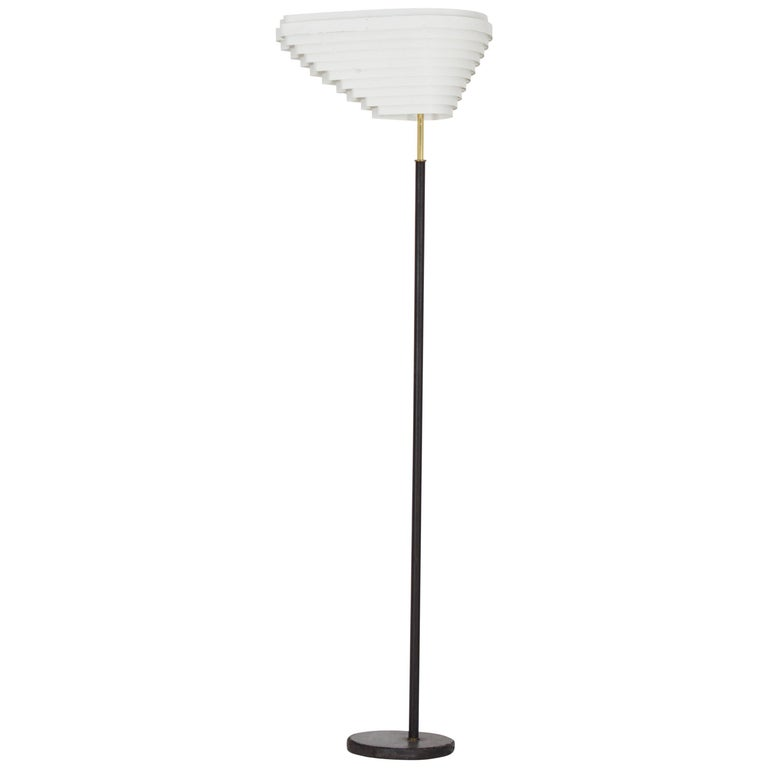 Alvar Aalto 'Angel Wing' Floor Lamp Model A805 for Valaistustyö Ky, 1954