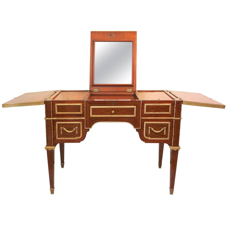 Fine Louis XVI 19th c. Marquetry Poudreuse Vanity Table with Famed Provenance