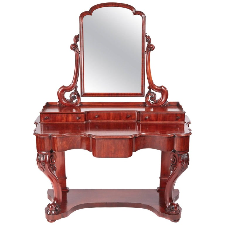 Quality Antique Victorian Mahogany Dressing Table For