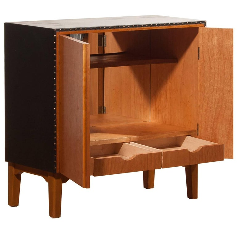 Small Cabinet / Mini-Bar by Bertil Fridhagen for Bodafors in Teak
