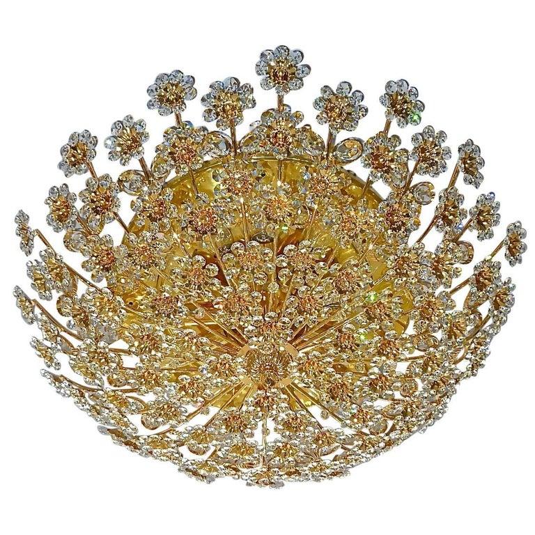 Hugo Palwa Kronleuchter aus Vergoldetem Messing in Blumenstrauß Form mit Kristallen, 1960 1