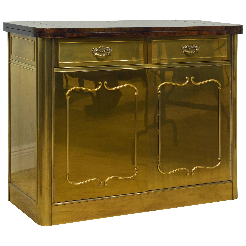 Elegant Hollywood Regency Mastercraft Brass And Burled Wood Server Or Home  Bar For Sale