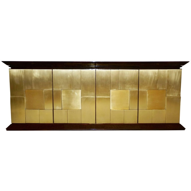 1970s Frigerio Italian Burl Walnut Sideboard with Brass Sculptural Relief Design For Sale