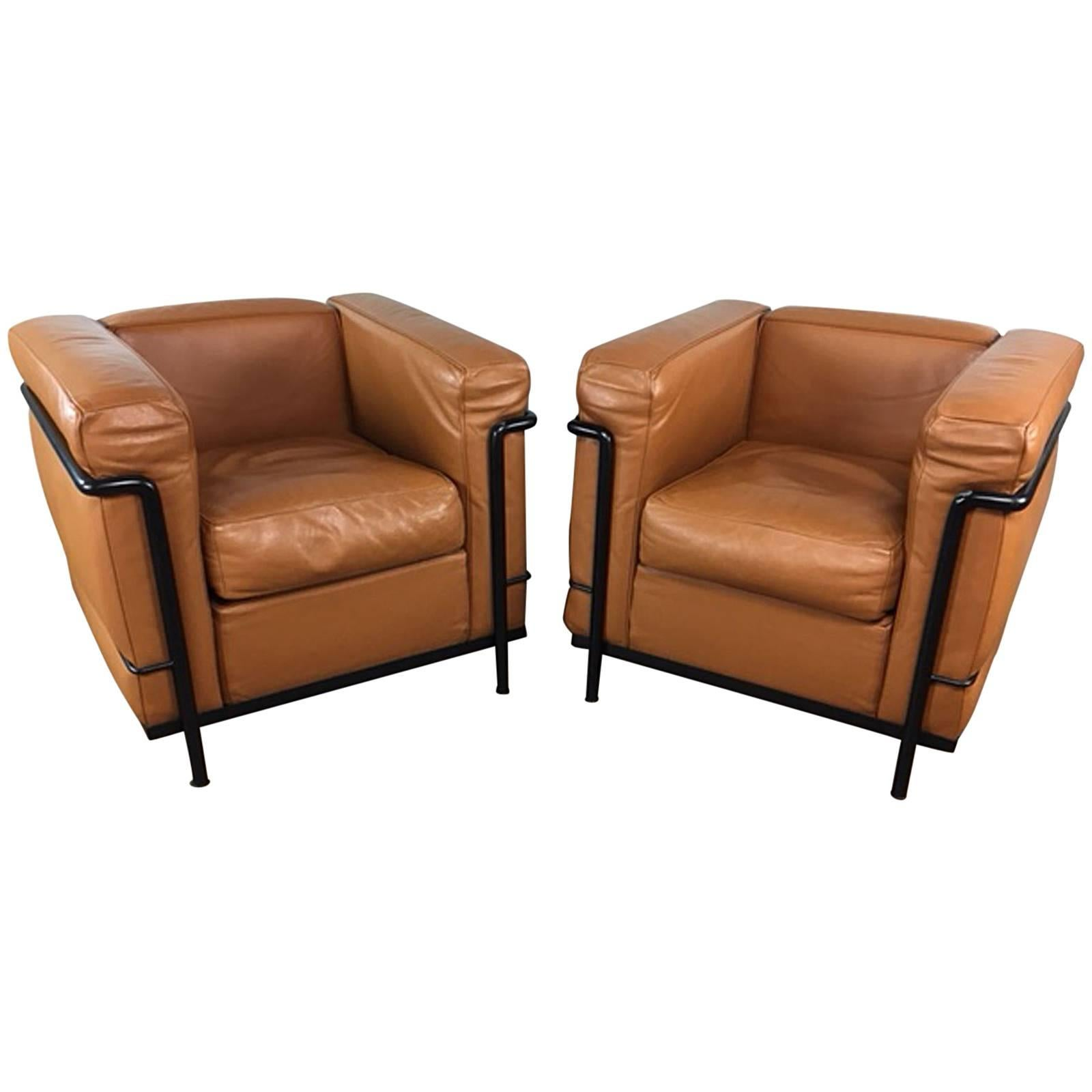 Delightful Le Corbusier Lc2 Club Chair Pair By Cassina
