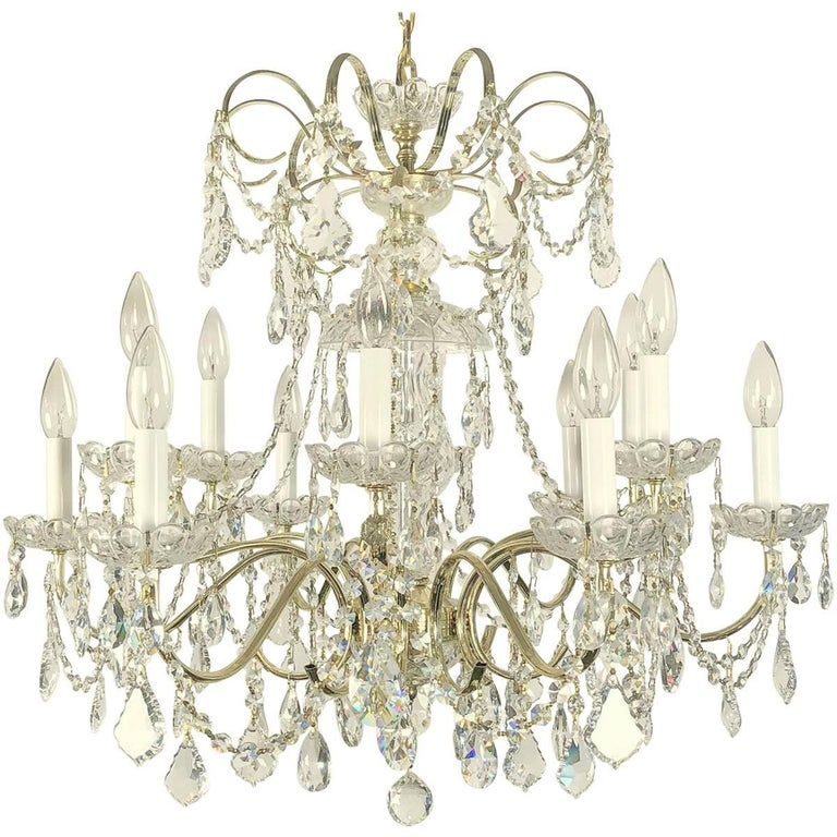 Large Italian Twelve-Light Chandelier