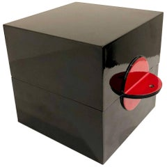 Black and Red Wood Lacquer Japanese Square Jewelry Box Memphis Style