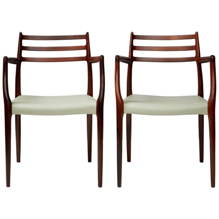 Pair of Model 62 Chairs by Niels Moller