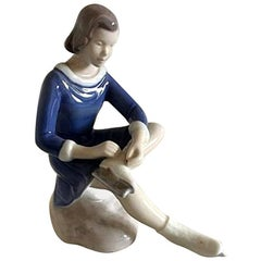 Bing & Grondahl Figurine Girl Skating #2351