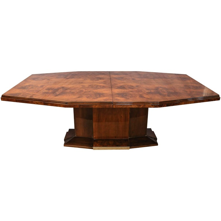 French Art Deco Dining Room Table in Burl Walnut For Sale