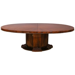 Oval Art Deco French Dinning Table in Walnut