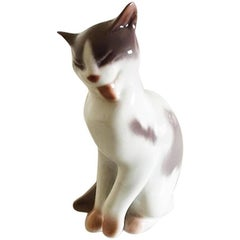 Bing & Grondahl Figurine of Cat #2466