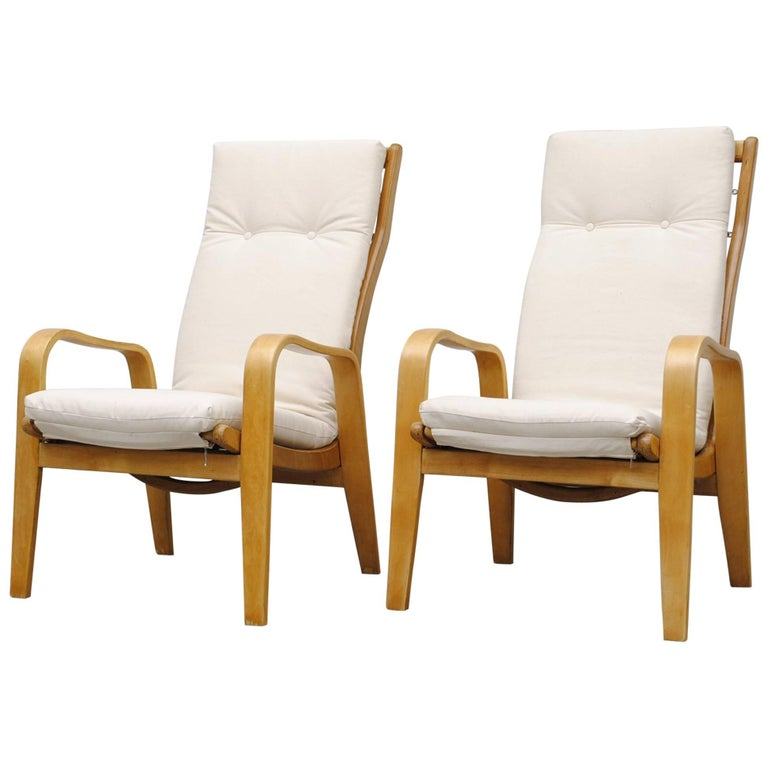 Pair of Alvar Aalto Style Bent Plywood Lounge Chairs by Pastoe For Sale