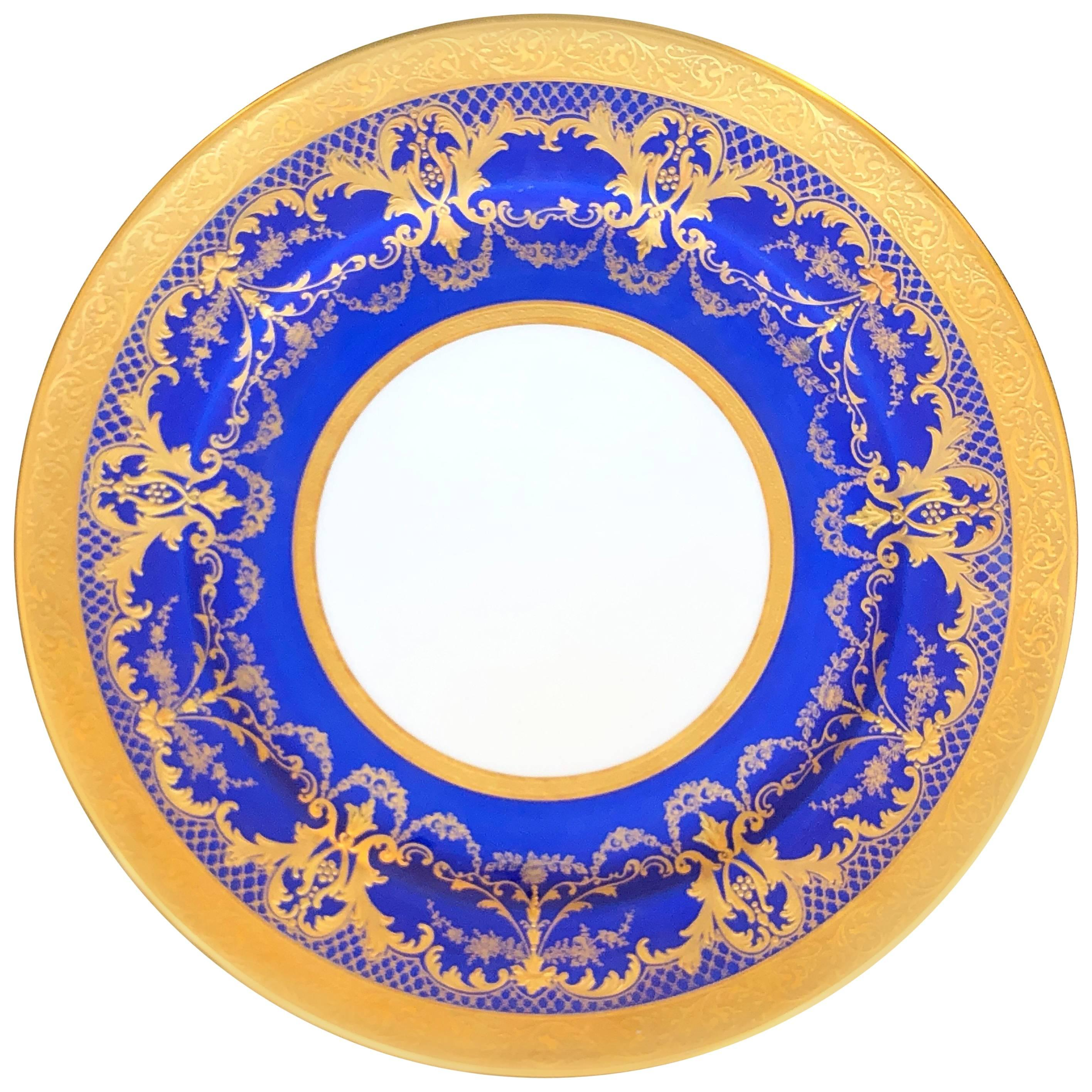 12 Limoges Dinner Plates  sc 1 st  1stDibs & French Dinner Plates - 213 For Sale at 1stdibs