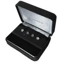 Pair of Tiffany & Co. Platinum and Diamond Stud Earrings 0.96 Carat