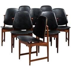 Arne Hovmand-Olsen Dining Chairs by Onsild Møbelfabrik in Denmark
